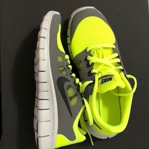 Nike New grey and neon yellow 6.5 youth sneakers